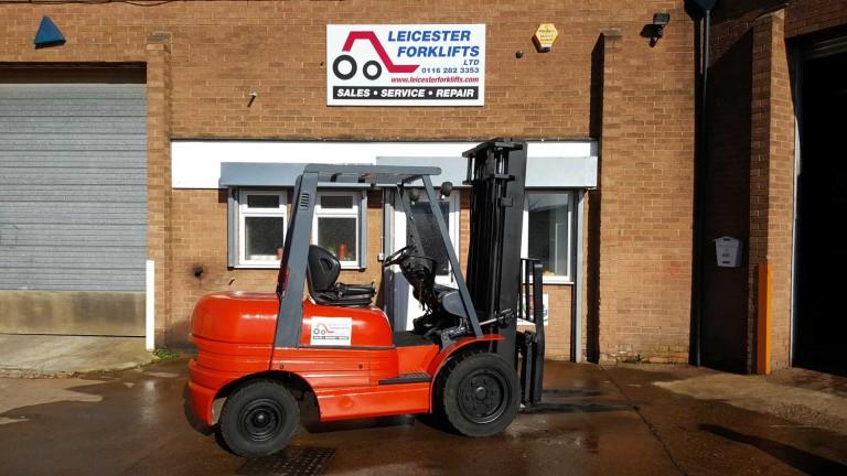Toyota 6FDF30 Forklift